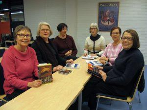 Joulukuun kokoontumisessa olivat mukana Kirsti Antila, Eliisa Holstikko-Ojanen, Helena Vanhala, ryhmän vetäjä Seija Routimo, Maria Haavisto ja Leila Wester.